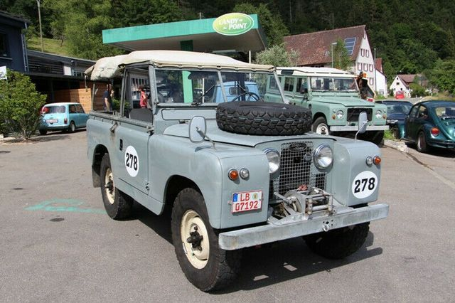 LAND ROVER Serie II a 88 Soft Top