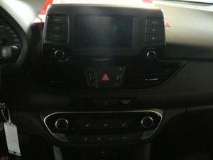 https://www.webauto.de/imgcars/de/0/15/3/31403/pan/255992041_11.jpg