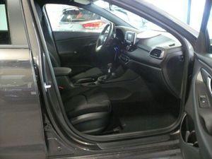 https://www.webauto.de/imgcars/de/0/15/3/31403/pan/255992041_14.jpg