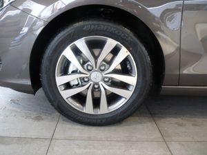 https://www.webauto.de/imgcars/de/0/15/3/31403/pan/255992041_4.jpg