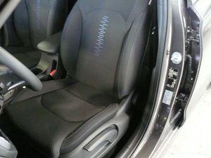 https://www.webauto.de/imgcars/de/0/15/3/31403/pan/255992041_7.jpg