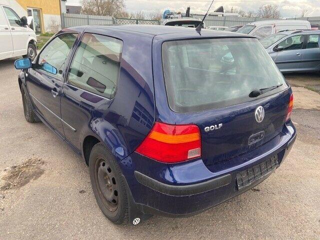 VW Golf IV Basis