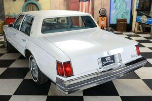 CADILLAC Seville Sedan