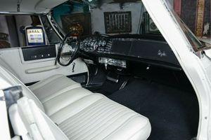 CHRYSLER 300 4-Door Hardtop