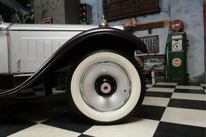 ANDERE Packard 443 Club Sedan