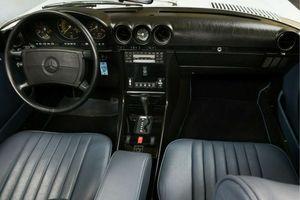 MERCEDES-BENZ 560SL Cabrio