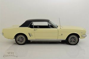 FORD Mustang 2D Hardtop
