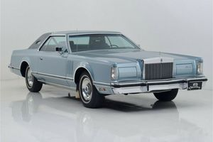 LINCOLN Continental 2D Coupe Mark V