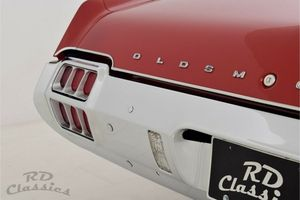 OLDSMOBILE Cutlass Supreme Convertible