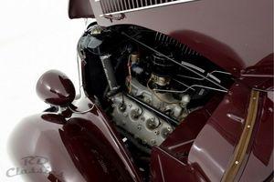 FORD Deluxe Phaeton Flathead V-8 engine