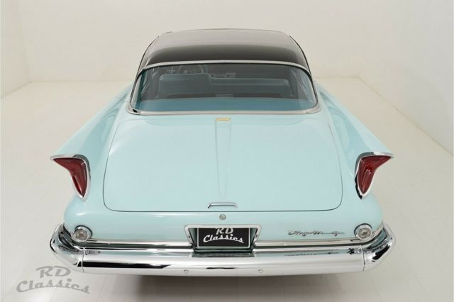 CHRYSLER Windsor Sedan