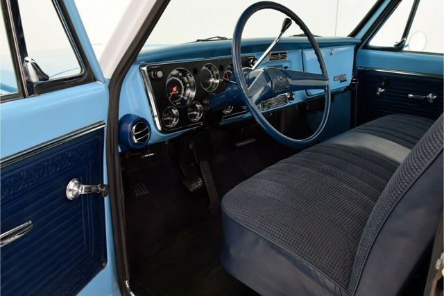 CHEVROLET C10 Pickup Truck