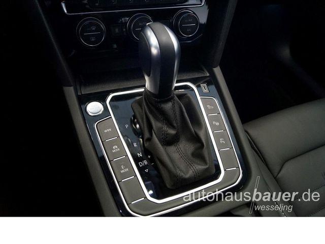 VW Passat Variant GTE TSI E-Motor DSG *Navigation, Panorama, 360° Kamera, Keyless ...