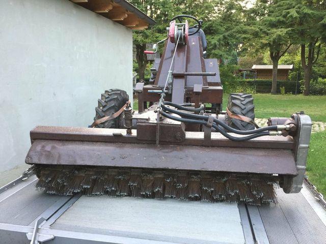 ANDERE HATZ Wildkrautbesen mit Stahlbürsten