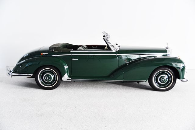 Mercedes-Benz 300 300 S Roadster