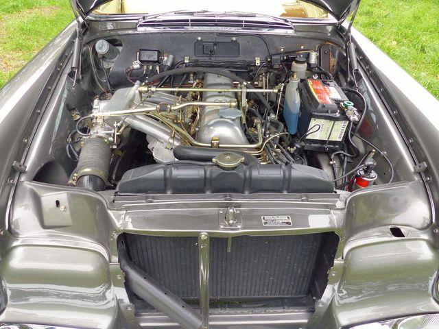 Mercedes-Benz 220 220 SE b