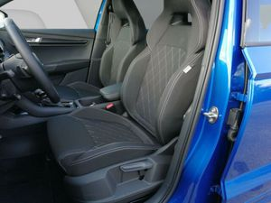 VW Touran Comfortline 1,5 TSI DSG NAVI 7-SITZER ACC