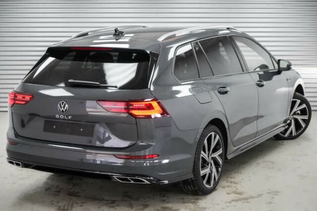 """VW Touran 1,5 TSI R-Line WLTP 7SitzACC LED Navi 17"""""""