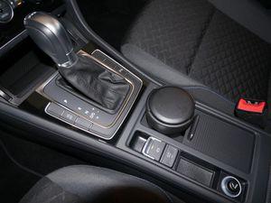 VW Golf VII Variant 1.5 TSI Join PDC SHZ NAVI EU6