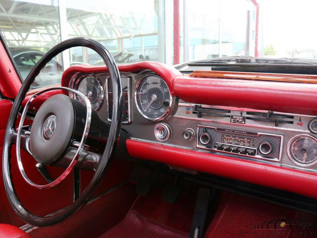 MERCEDES-BENZ 280 SL Pagode  280 SL, Handschalter, restauriert