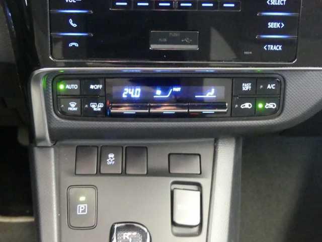 TOYOTA Auris 1.8 VVT-i Hybrid Automatik Touring Sports Cool