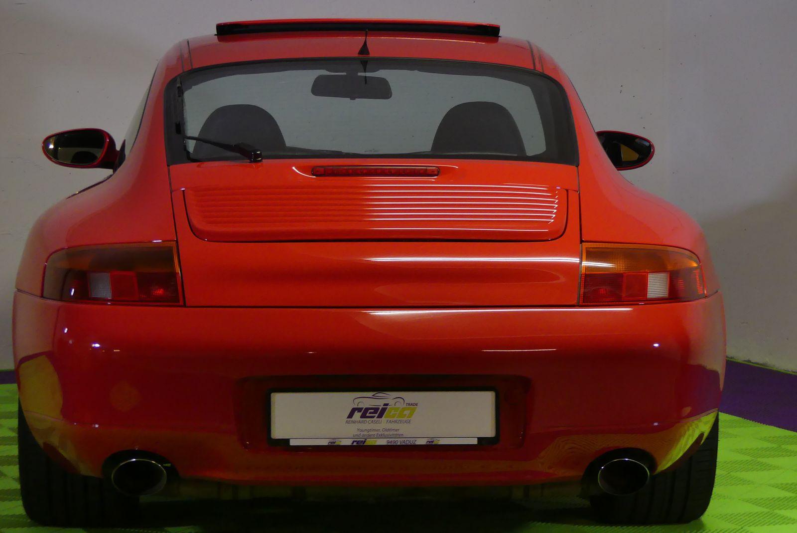 Porsche 911 996