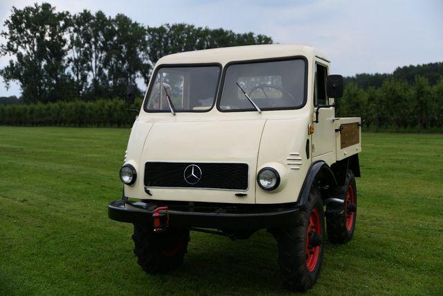 Mercedes-Benz Sonstige