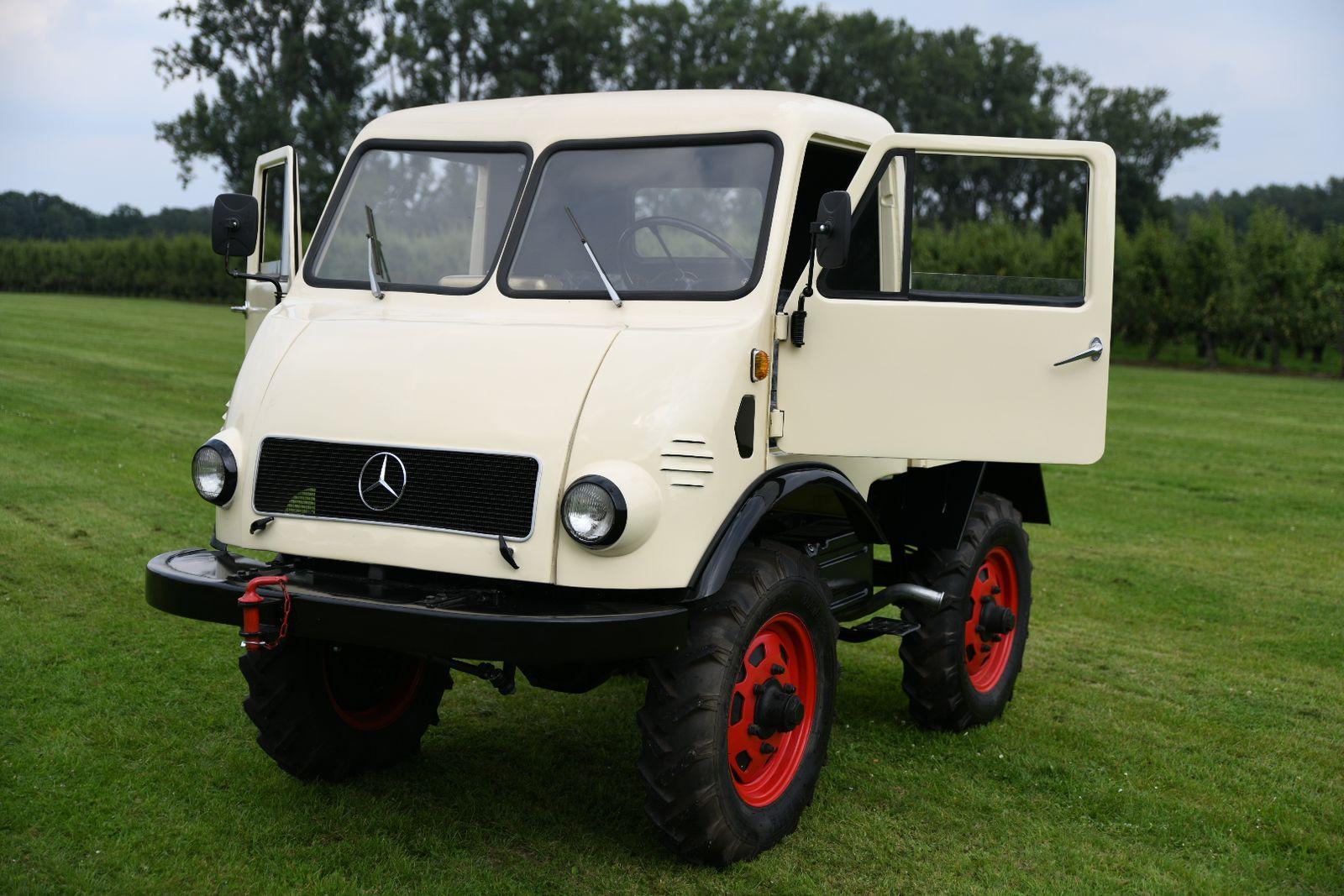 Mercedes-Benz Sonstige Unimog 401